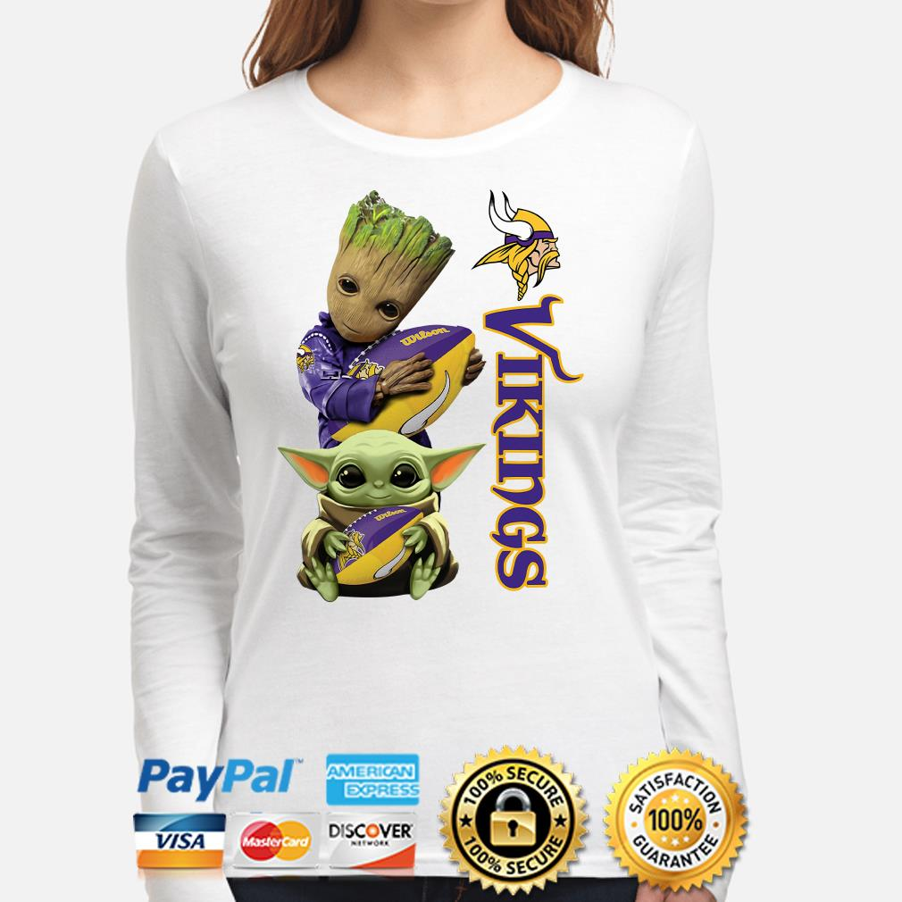 Baby Groot and Baby Yoda hug Minnesota Vikings Long sleeve