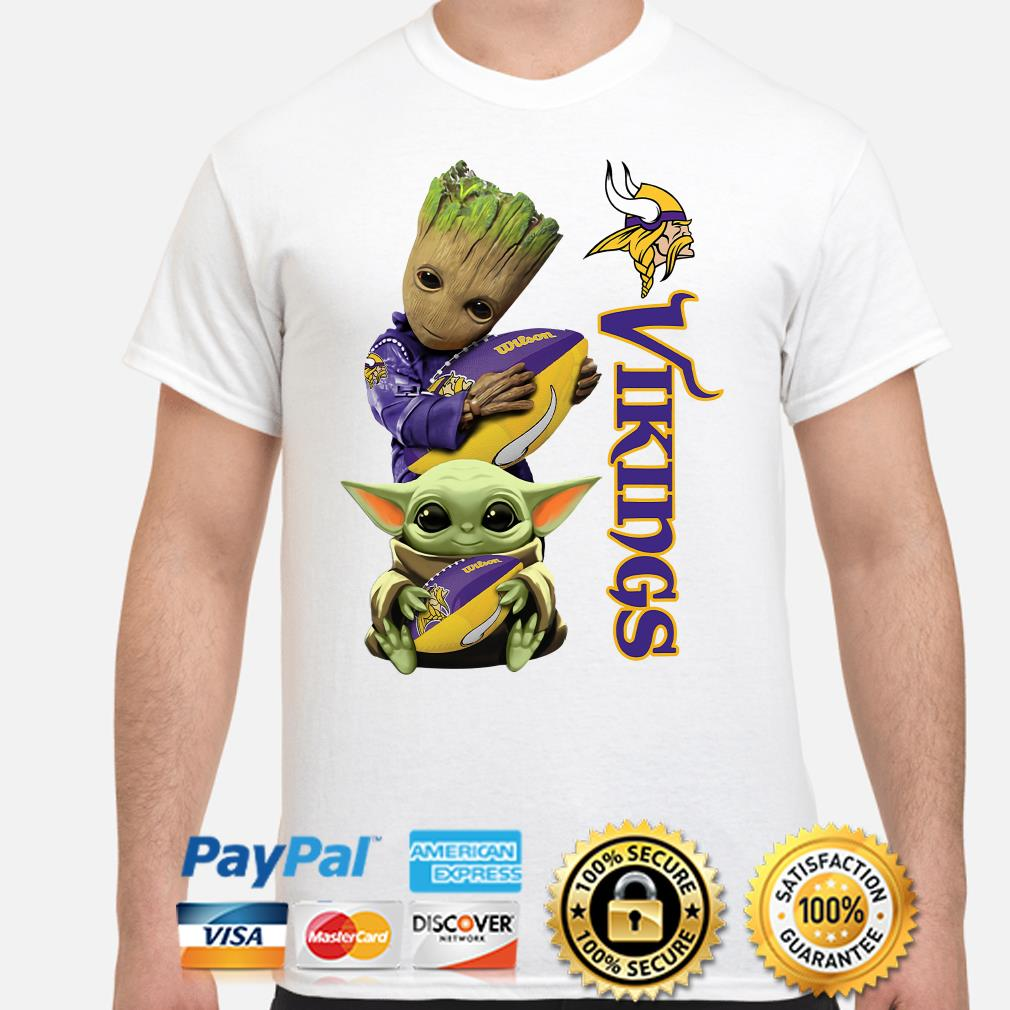 Baby Groot and Baby Yoda hug Minnesota Vikings shirt