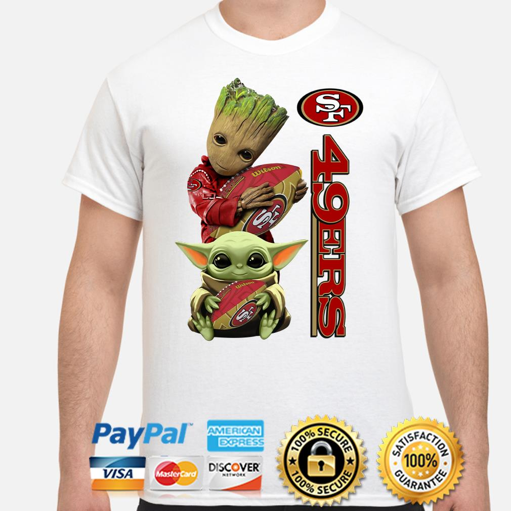 Baby groot and Baby Yoda hug San Francisco 49ers shirt